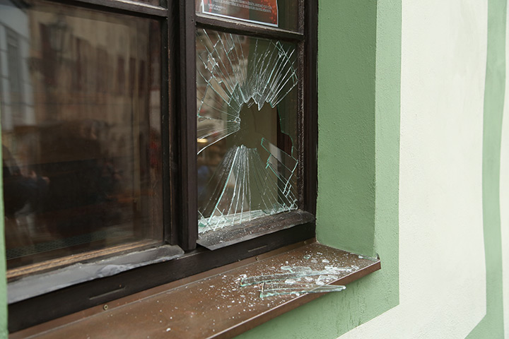A2B Glass are able to board up broken windows while they are being repaired in Whitechapel.
